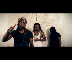 "New Kingston Official ""La La La"" music video"